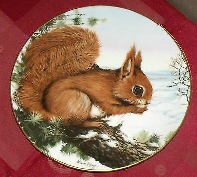 Crown Staffordshire Early Awakening From The Wildlife In Winter Collection