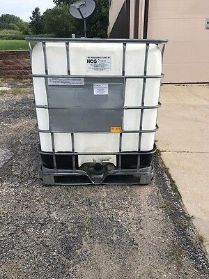 IBC 275 Gal Liquid Storage Tote Container NON FOOD GRADE 40x40x49 Refurbished