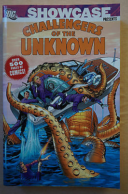 Showcase Challengers Of The Unknown Vo1 1, DC Comics Book, Graphic Novel 60s
