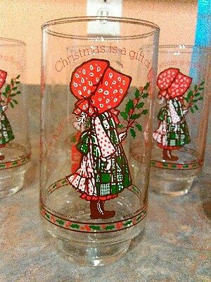 """Rare Set of 6 Holly Hobbie""""Christmas is a gift of joy""""  Coca-cola glasses NMT"""