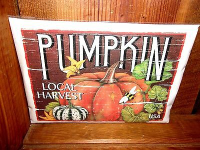 "Mary Lake Thompson /""Pumpkin Crate Label/"" Flour Sack Towel"