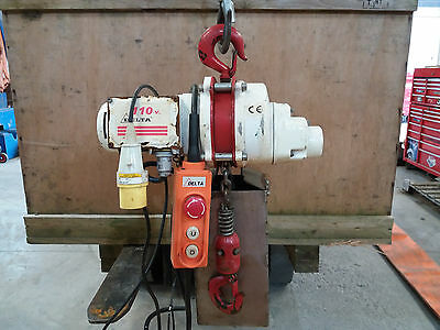 110V Electric Chain Hoist Unit + Belt Slings ***SALE PRICE*** Need the space