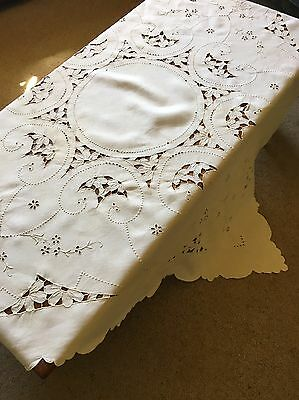 Vintage Cutwork 125cm Square Cream Linen Embroidery And Cutwork Tablecloth