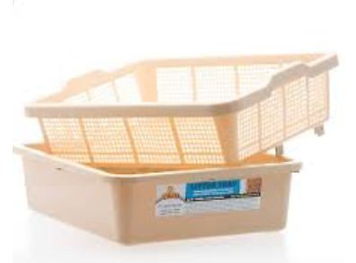 OzPet litter trays and hood