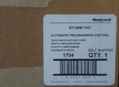 Honeywell   R7140M1007  Automatic Programming Control New In Box Ships Free!