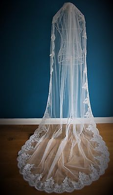 Wedding Veil *Cathedral Length*1 Tier*Off white/ Ivory*Wide Corded Lace K*
