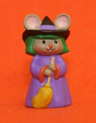 Merry Miniatures Hallmark 1993 Mouse Witch w/ Broom QFM8292 Halloween