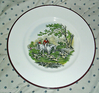 c1950s CROWN STAFFORDSHIRE FOX HUNTING PLATE RIDERS WITH THE DOG PACK