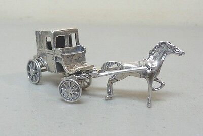UNUSUAL NOVELTY ANTIQUE STERLING SILVER HORSE DRAWN CARRIAGE, 35 grams