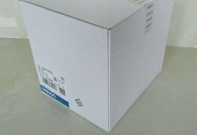 NEW IN BOX OmronR88M-K75030H-S2 #OH06