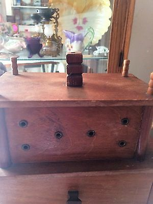 Antique Thread, Spool, Shaker Box Style - Great Condition