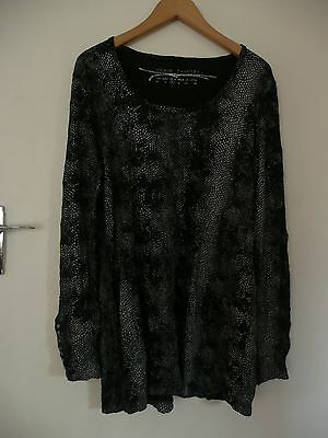 "VERGE black/grey ""python"" poly/wool long sleeve top. Size M (about 14)"