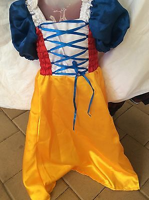 Girls Snow White dress up