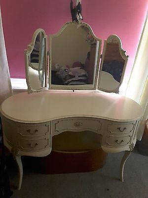 Queen Anne Louis XV French Style Shabby Chic Dressing Table Fine Vintage Quality