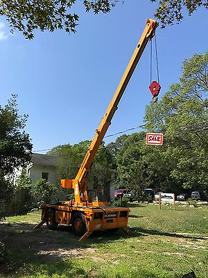 2007 Broderson IC-80-3G 9-Ton Carry Deck Crane