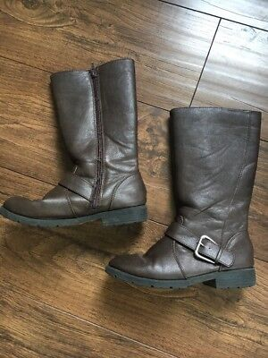Girls Brown Children's Place Boots Size 2