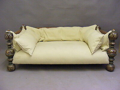Antique sultans day bed / Sofa / Settee / Couch / Chaise Longue circa 1850