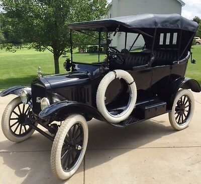 1918 Ford Model T  1918 Ford Model T Touring