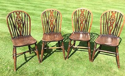 Set of 4 antique Windsor solid wooden wheel back chairs