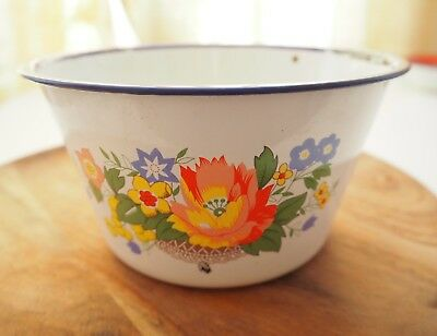 Chinese enamel bowl with lovely flower pattern 1980s