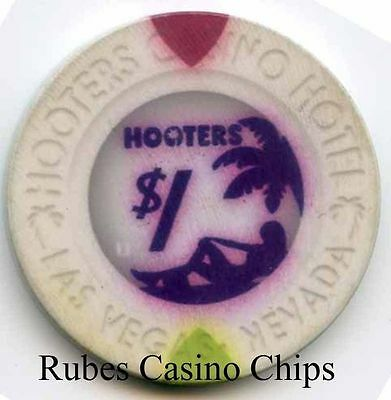 1.00 Chip from the Hooters Casino in Las Vegas Nevada Smooth