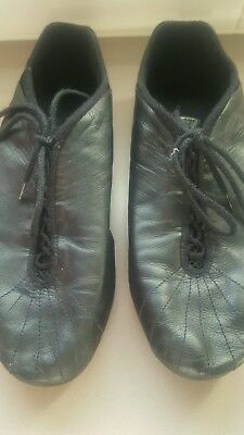 Bloch black jazz shoes size 7.5 in very good condition