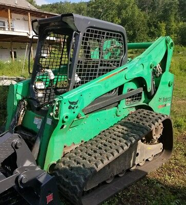 2011 Bobcat T750 Tracked Skid Steer Loader with triple axle trailer 1280 hours