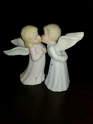 Lefton Kissing Angels