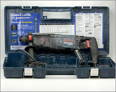 BOSCH Corded Hammerdrill Model 11255 VSR, BULLDOG Xtreme, 0-5800/min. in Case.