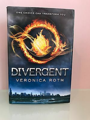 Divergent signed by veronica roth hardcover 2011 1595 picclick divergent divergent bk 1 by veronica roth 2011 hardcover fandeluxe Image collections