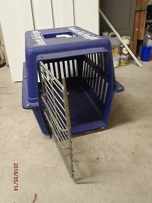 Ansett Air Freight Memorabilia plastic pet carrier for cats and small dogs