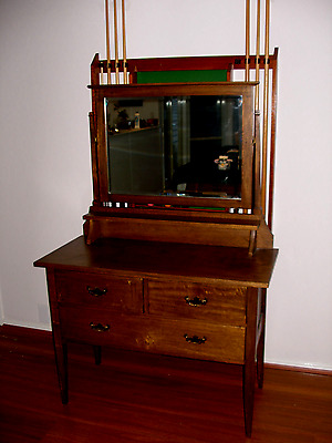 Antique Dressing Table with Removeable Mirror