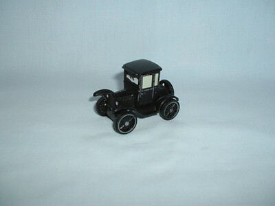 DISNEY PIXAR CARS Diecast LIZZIE MODEL T FORD Car Figure Toy (WORLD OF/2/3/FILM)