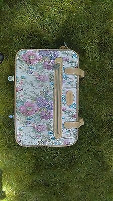 protocol suitcase, carry on, classic, flower pattern, hat case