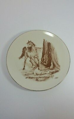 1981 Laurelwood Saluki and Horse Collector Plate r