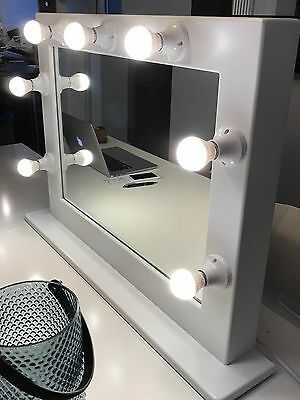 Salon/Makeup Artist Professional Quality Hollywood LED Mirror