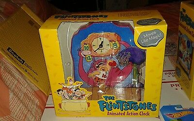 Flintstone Animated Clock FRED  SHOOTING ,,BRAND NEW NEVER OPENED PRIORITY MAIl