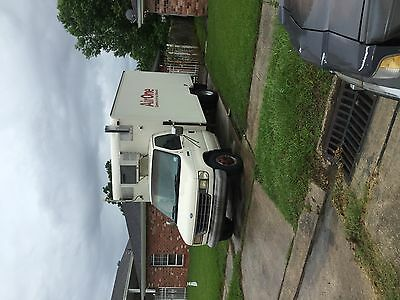 1992 ford E350 box truck 14ft