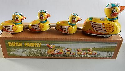 Tin Mother Duck & Ducklings Waddle Around When Wound Up Vintage Replica New