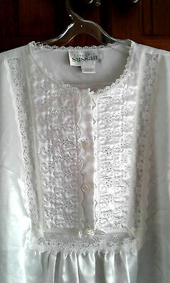 Size 12 White Long Sleeve Nightgown~Lingerie SUSAN~Made in Australian~NEW~