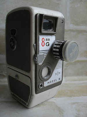 Original Vintage 8G Mamiya Model III - 8mm Movie Camera