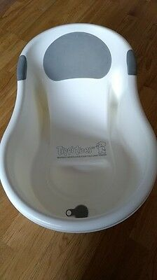 Tippitoes  mini baby bath - white with support suitable from birth for newborns