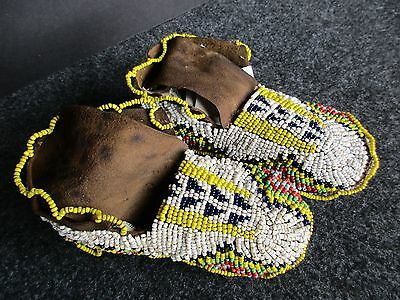 Native American Fully Beaded Leather Moccasins, Plains Indian   Buf--00369