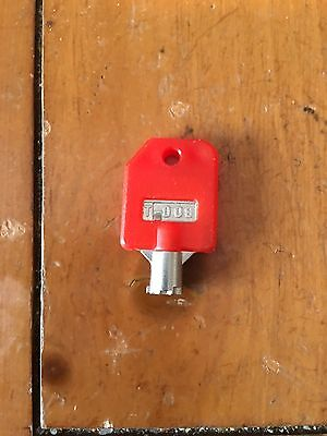 NEW T-008 RED KEY for 1800 CANDY GUMBALL MACHINE