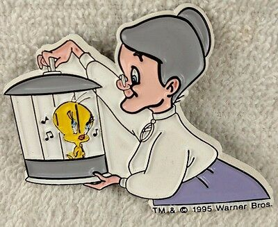 Vintage Tweety Bird and Granny Refrigerator Magnet Warner Bros 1995 Looney Tunes