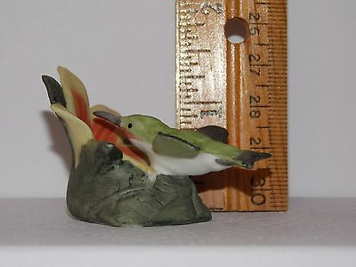 Royal Cornwall Miniature Humming Garden Bird Figurine Rc 1982 Dollhouse Size
