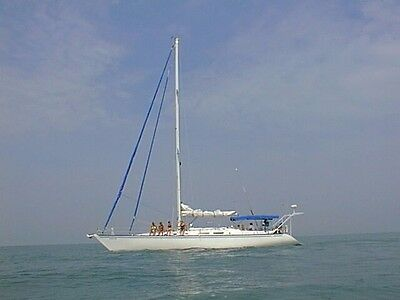 54' HUNTER SAILBOAT - in very good condition with newly rebuild diesel engine