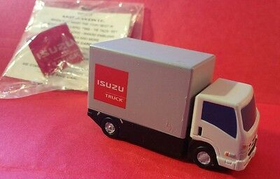 Plastic Isuzu Cab Forward Box Truck Dealer Toy & Nip Metal Hat Lapel Tie Pin