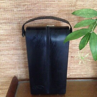 The Grange leather wine carrier