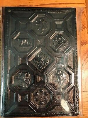Barnes and Noble italian hand crafted leather journal lined Coat of Arms